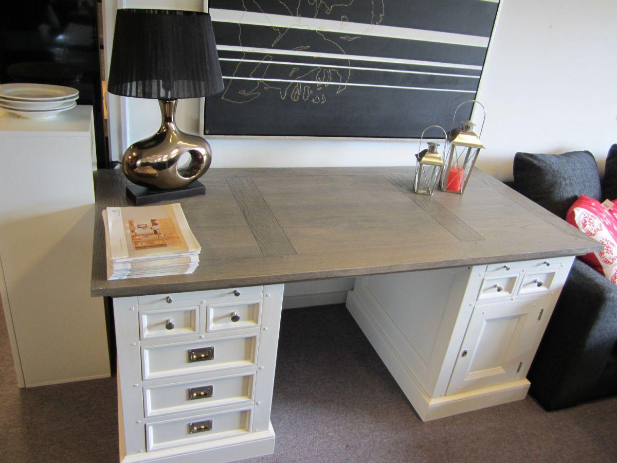 Skagen skrivebord