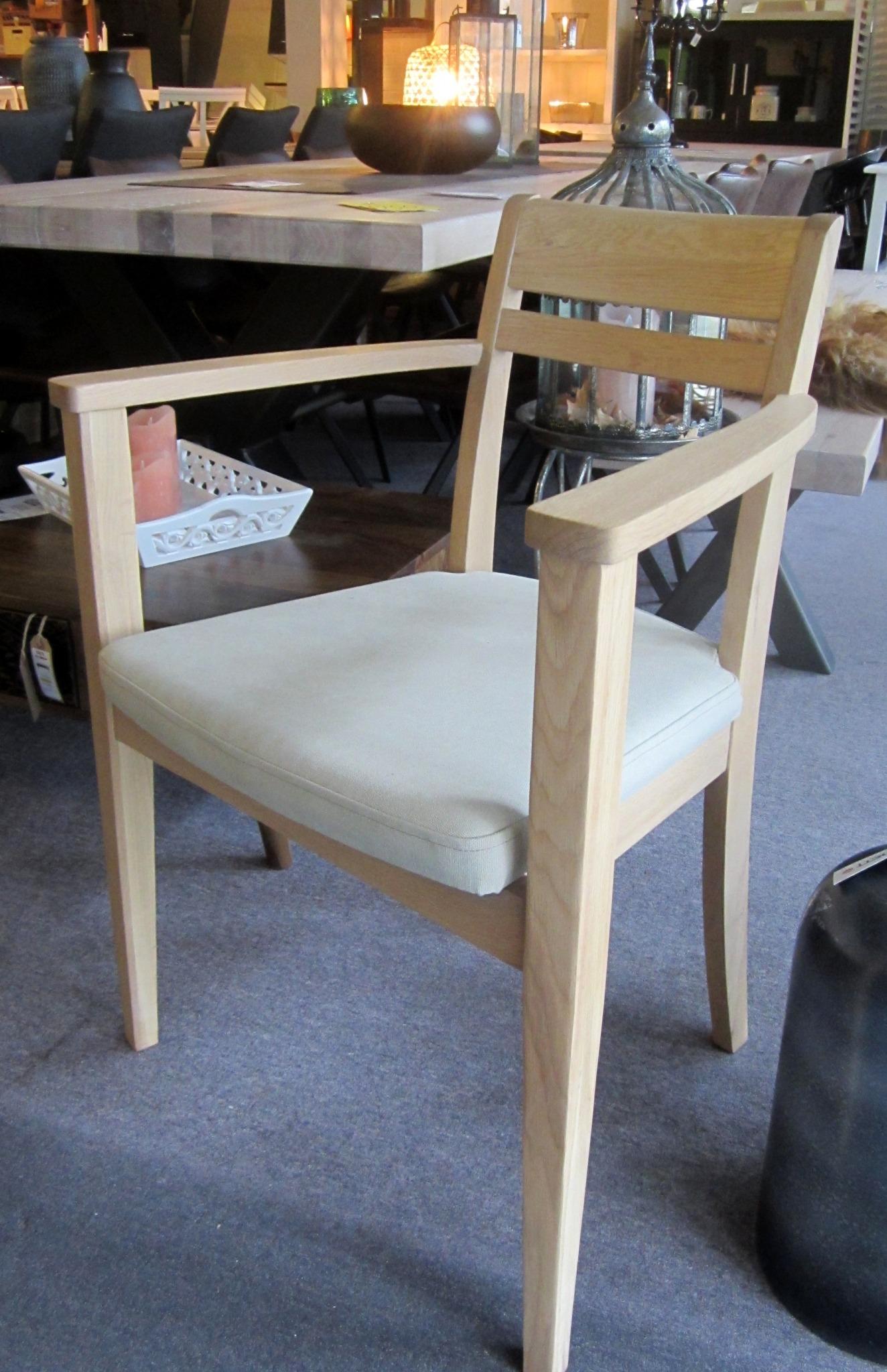 Arm stol