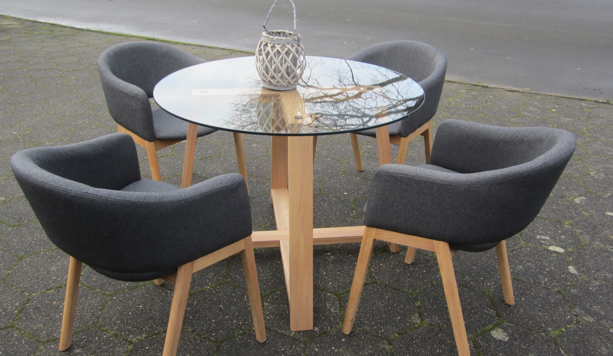 Ø Spisebord
