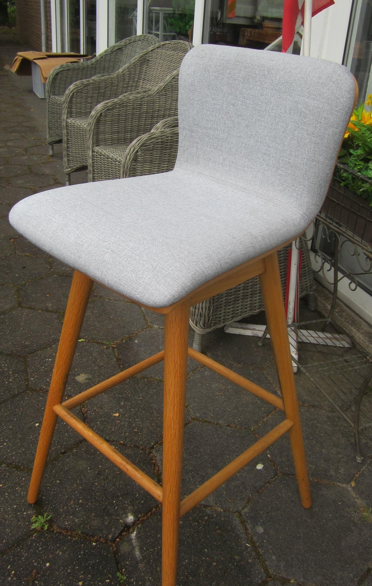 Barstol med dreje sæde