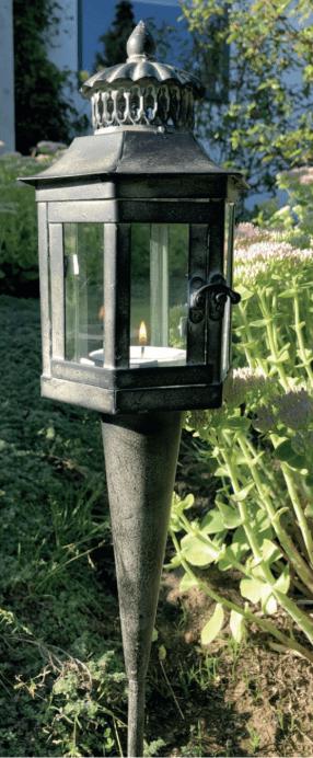 Lanterne på spyd