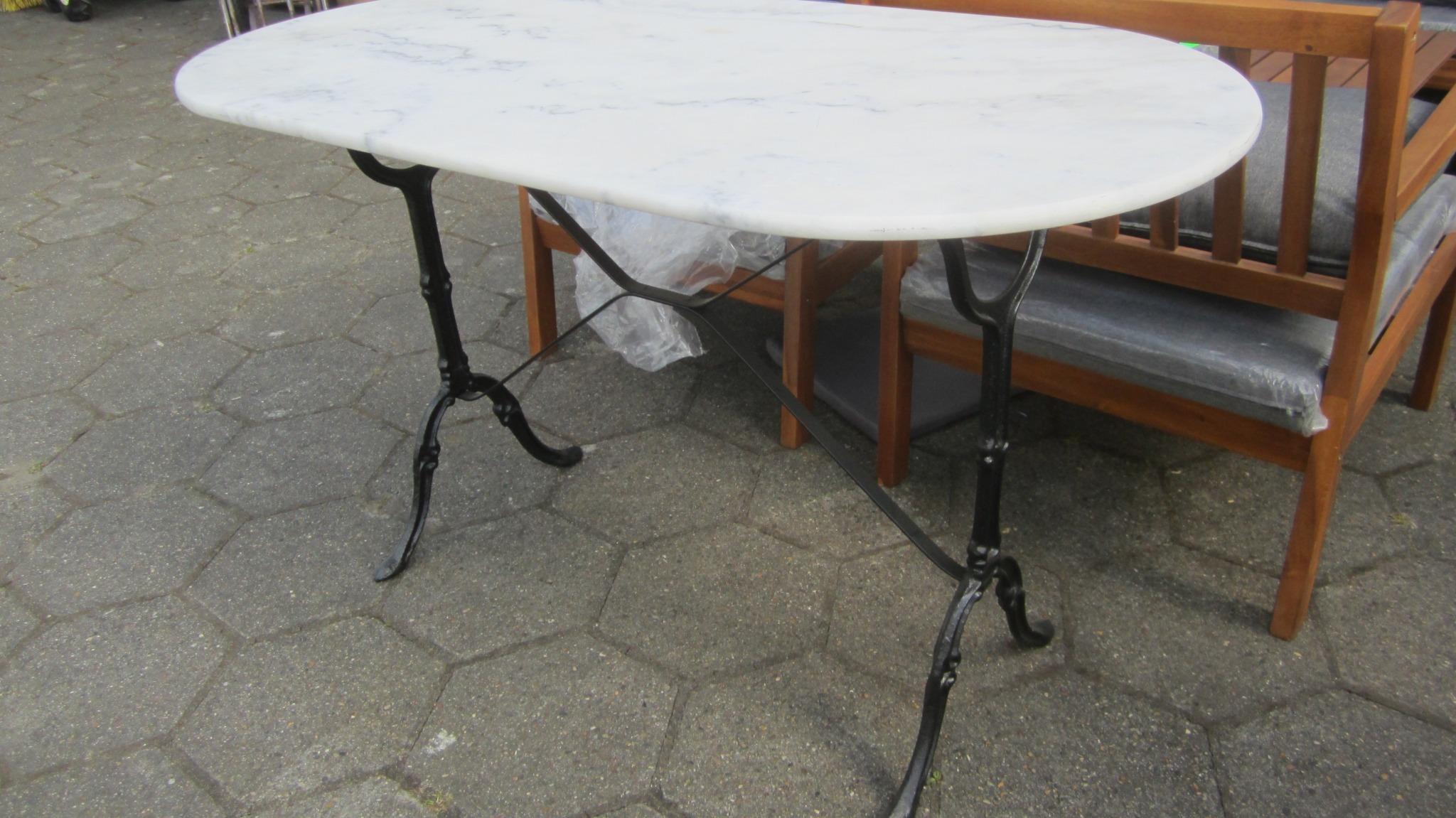 Cafe bord